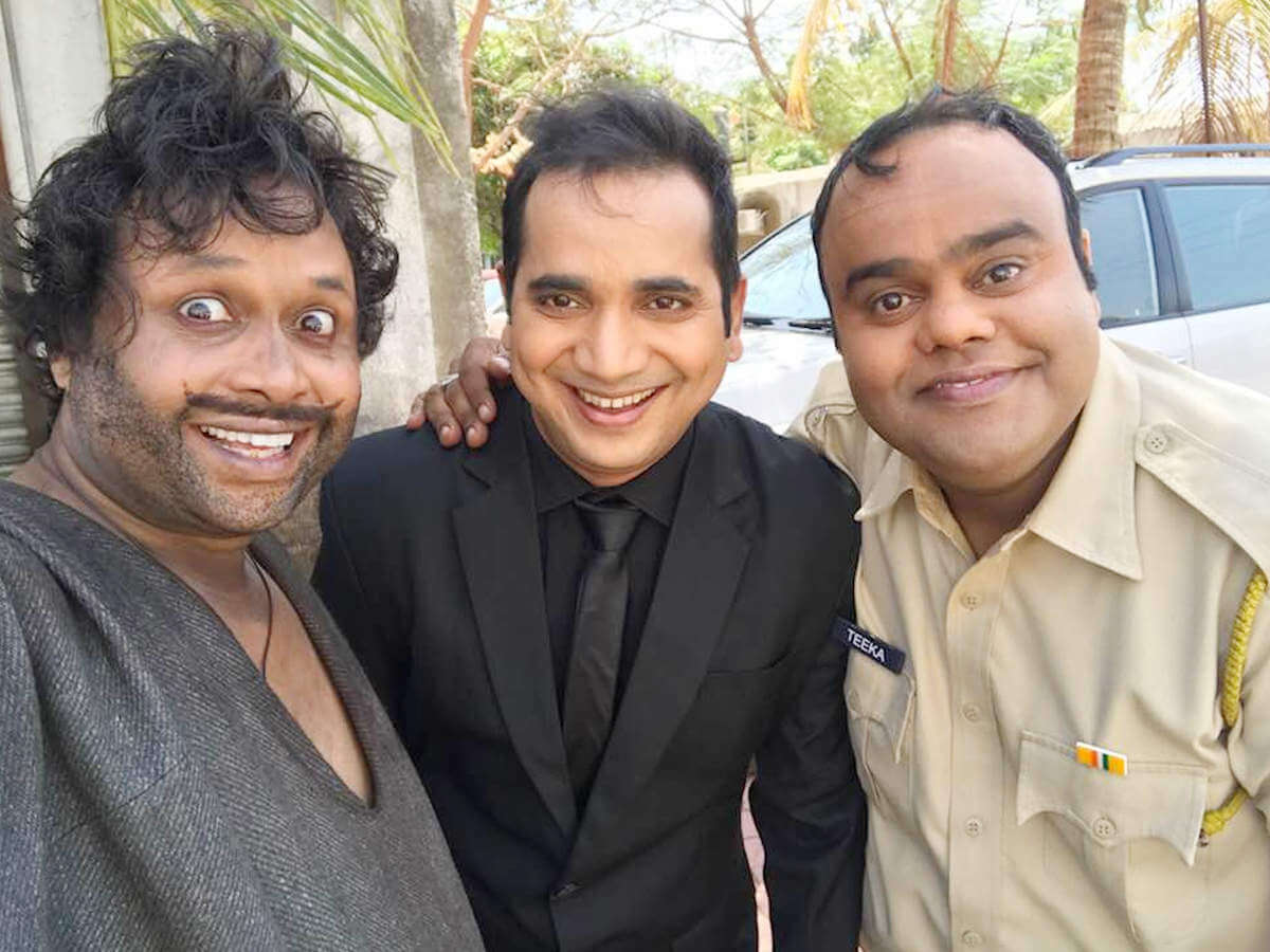 saanand verma known by screen name saxena ji in real life as well